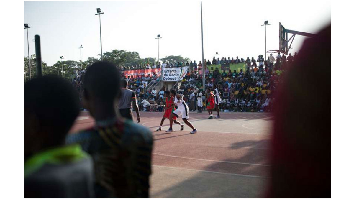 Camp de basketball, les enfants du Bénin