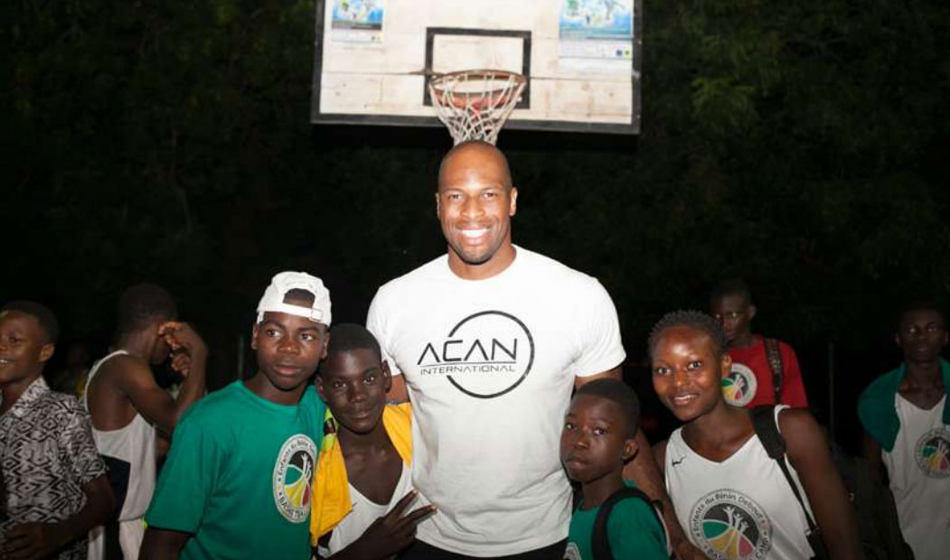 Enfants du Bénin. Camp de basketball